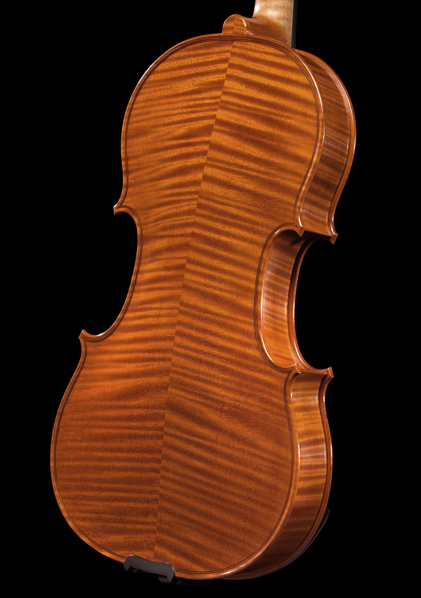 R. VALENCIA
